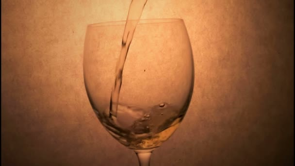 White Vine Pouring