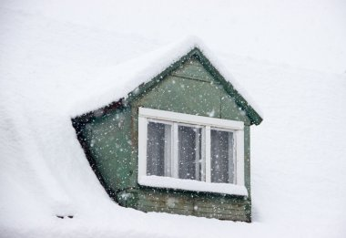 House Roofs in Winter