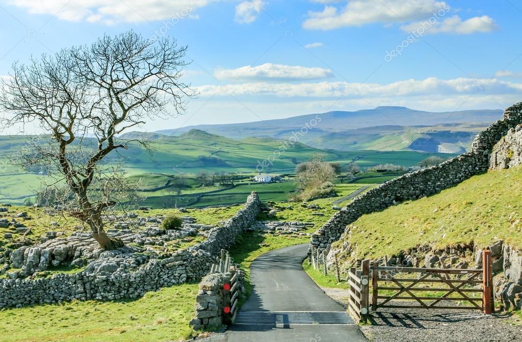 Beautiful yorkshire dales landscape stunning scenery england tou