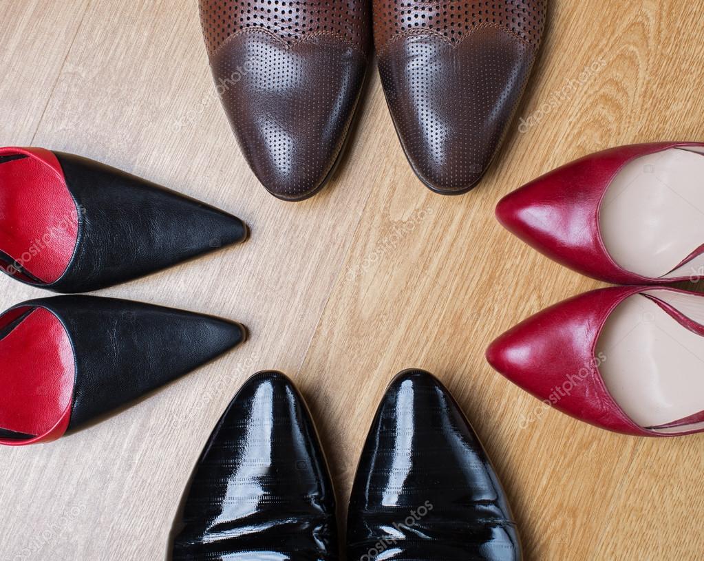 16ab58b57 sapatos masculinos e femininos — Stock Photo © Martyna1802 #91591760