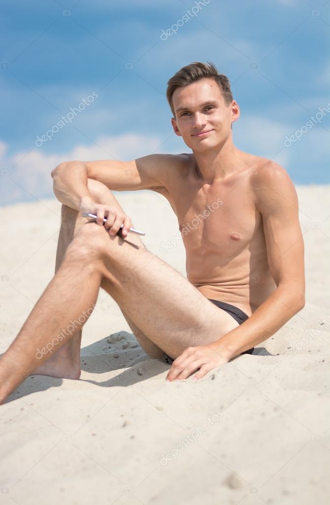 В Калифорнии на пляже от молнии погиб юноша