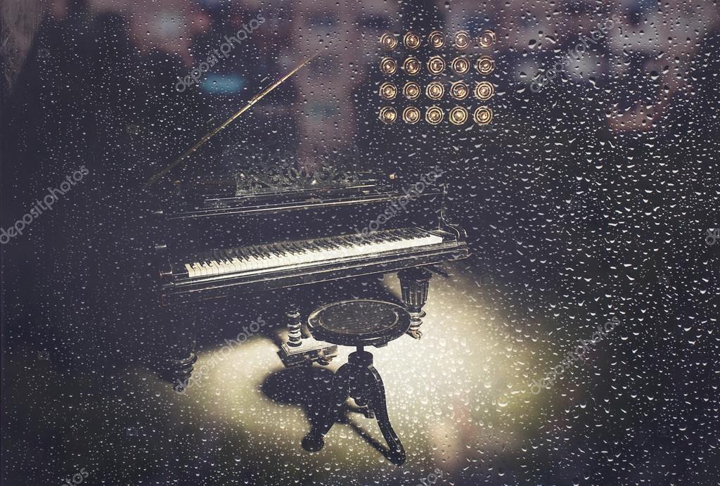 Пианино и дождь картинки