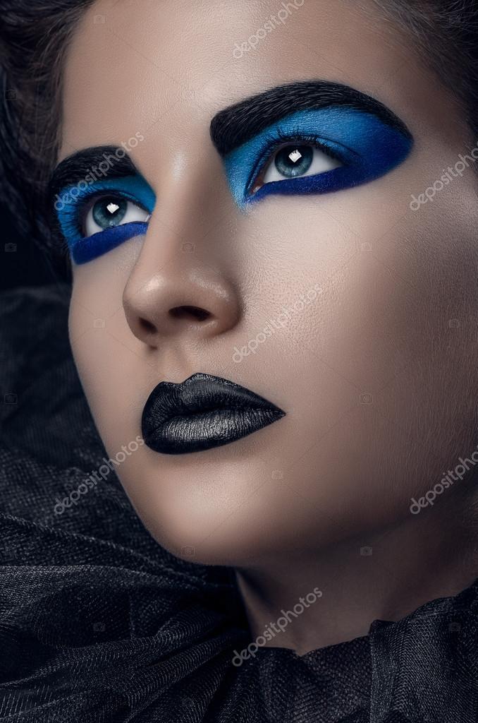 Mädchen Schwarz Blau Make Up Raster Gelegt Haare