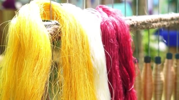 selyem, gyapjú és selyem szál festett színes Ázsiában
