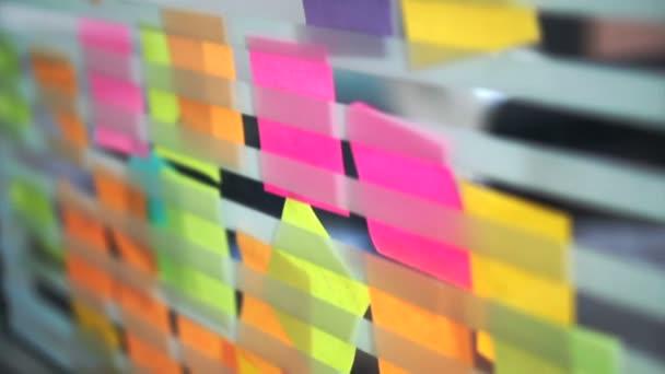 Kreativní podnikání tým debaty myšlenky a koncepty