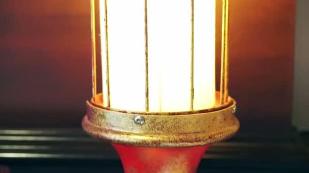 keleti lámpa piros-arany színű lámpa tervezés