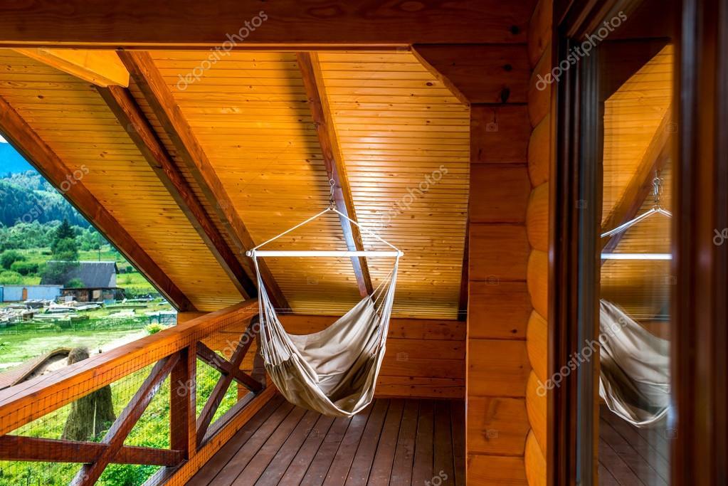Hangmat Op Balkon : Hangmat op het balkon u stockfoto rossandhelen