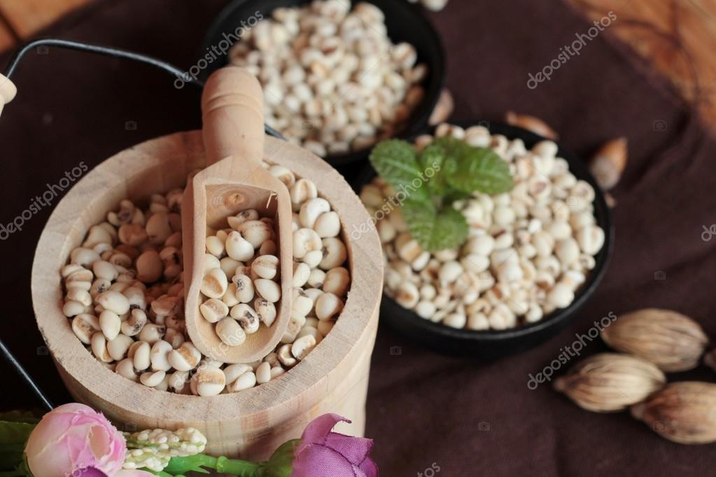 Dried millet seeds for cooking.