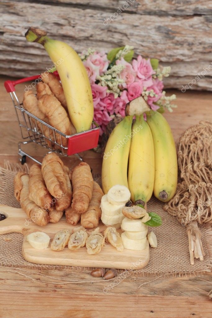 Deep fried banana traditional Indonesia , Banana Molen.