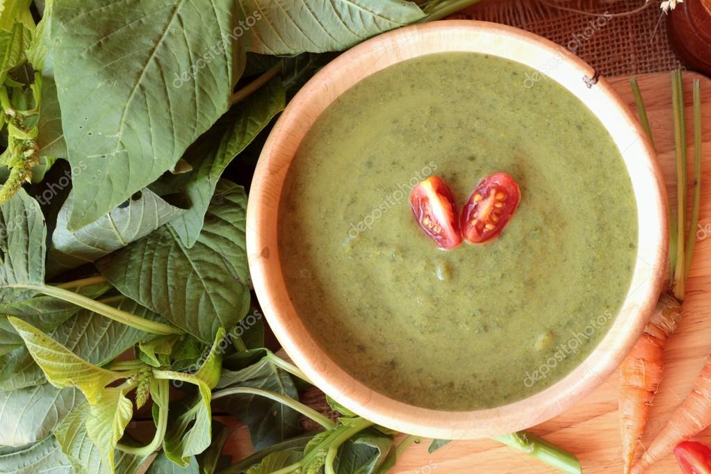 Spinach soup and healthy food of delicious.