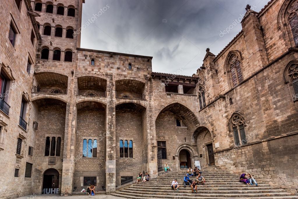 Casco antiguo barcelona agosto de 2015 foto editorial - Casco antiguo de barcelona ...