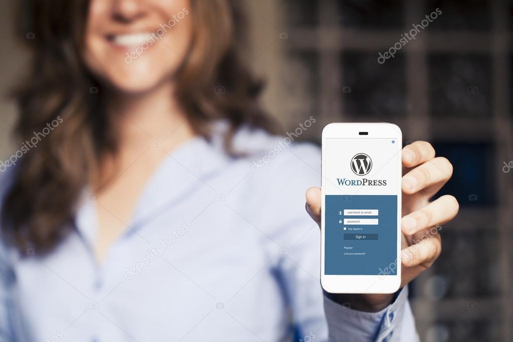 WordPress página de inicio de sesión en una pantalla de teléfono ...