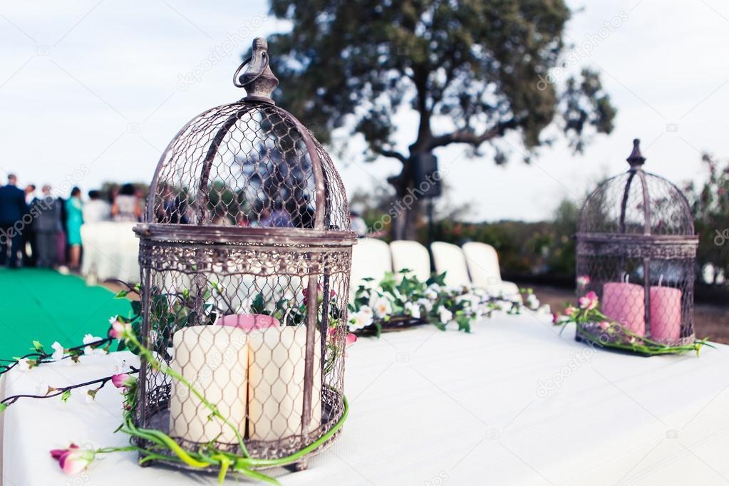 Vintage Hochzeit Altar Mit Vogelkafig Kerzen Und Pflanzen