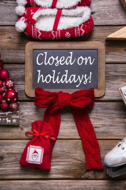 Opening hours on christmas holidays: closed, information for cus