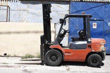 Forklift loader truck
