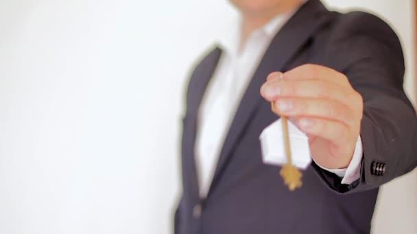 Schlüssel zu einem neuen Zuhause. immobilien