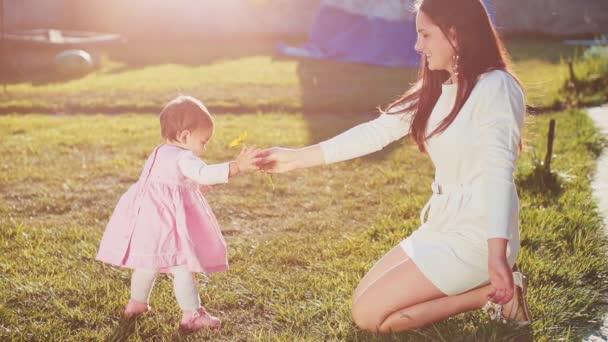 Virág adva a baba anya