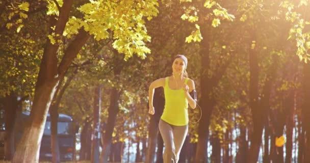 Modello di femmina fitness jogging