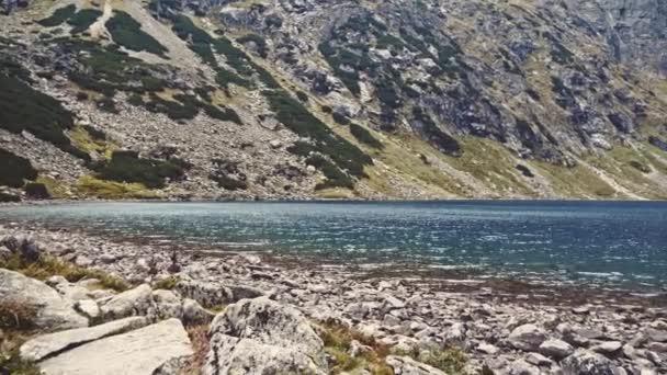 Fotoaparát do jezera