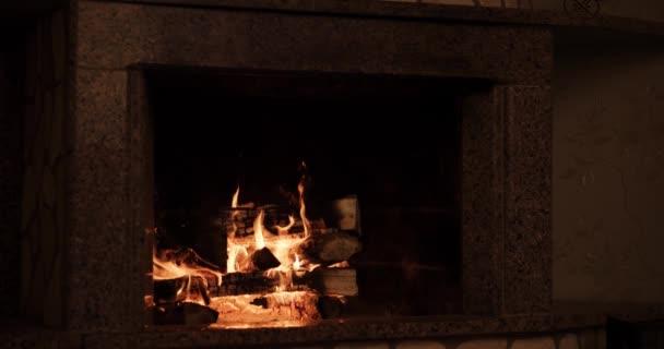 hangulatos égő tűz