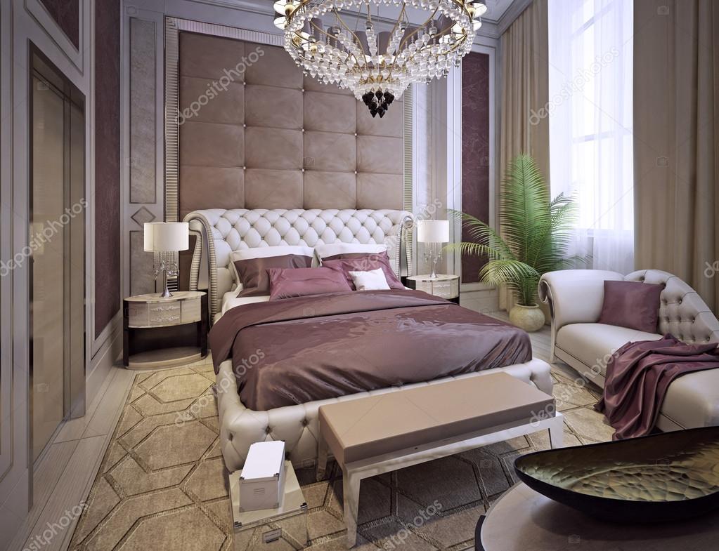 Camera da letto in stile classico e lussuoso — Foto Stock © kuprin33 ...
