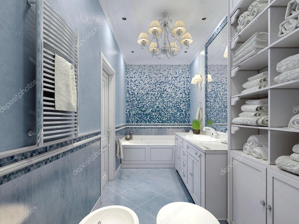 Ruime blauwe badkamer klassieke stijl u stockfoto kuprin
