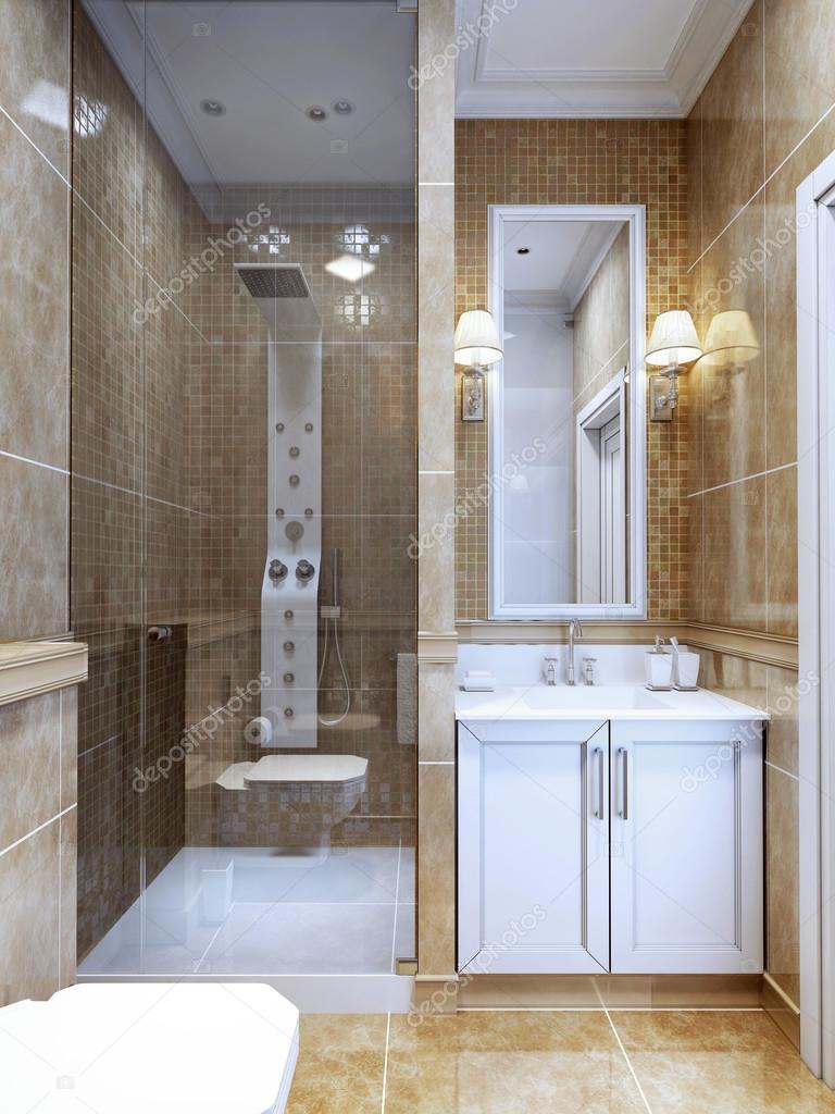 Die Kombination Von Natürlichen Marmorfliesen Und Ein Kleines Mosaik In Der  Dusche Und Um Den Spiegel. Gemütliches Modernes Design Badezimmer Mit  Begrenztem ...