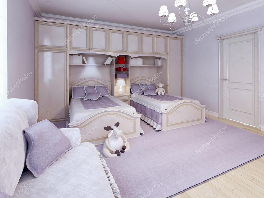 Je Slaapkamer Decoreren : Kinderen slaapkamer kids kamer met paarse decoratie u stockfoto