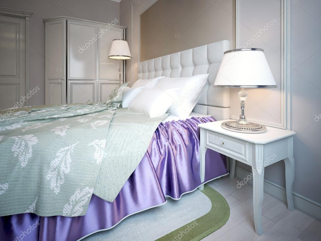 Slaapkamer Kleuren Paars : Met behulp van paarse kleur in slaapkamers u stockfoto kuprin
