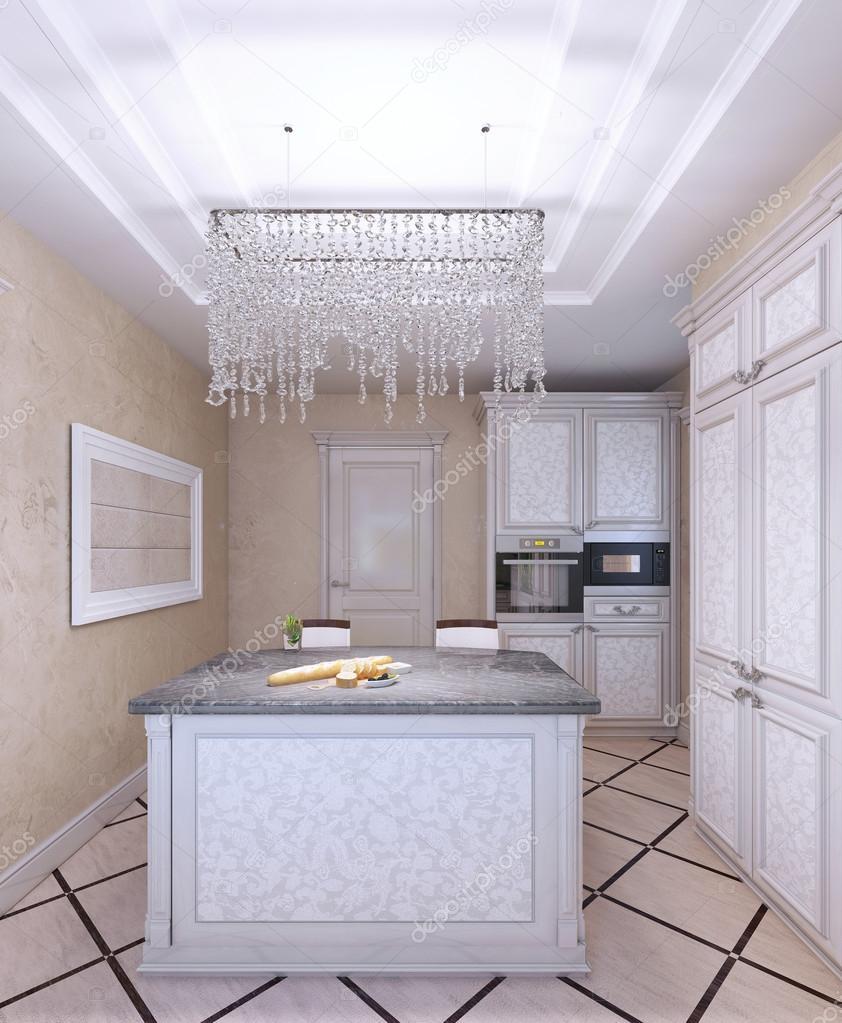 Innenraum des neuen weißen Küche mit Muster-Front-Schränke ...