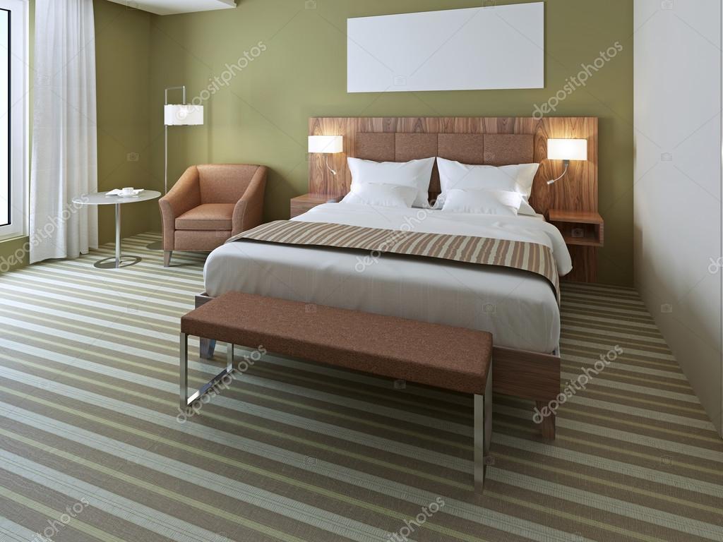 Splendido letto matrimoniale in camera da letto verde for Prezzo camera da letto matrimoniale