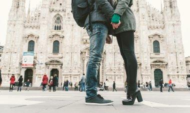 Couple kissing in Duomo square, Milan
