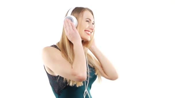 Beauty woman listening music in headphone