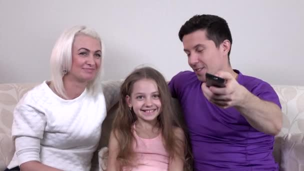 girls-boys-mom-video-adult