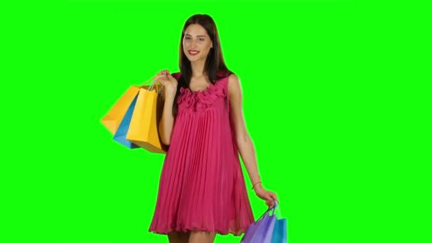 Nő vásárlás kiárusítás időköz. Zöld képernyő