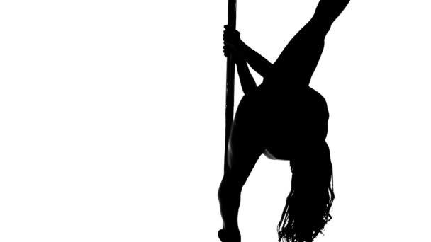 Sziluettjét a szexi női pole tánc