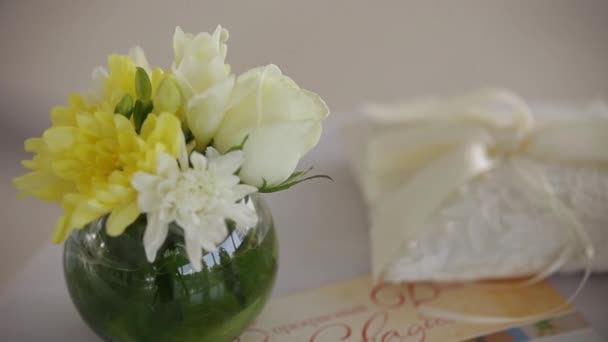 květiny a košík