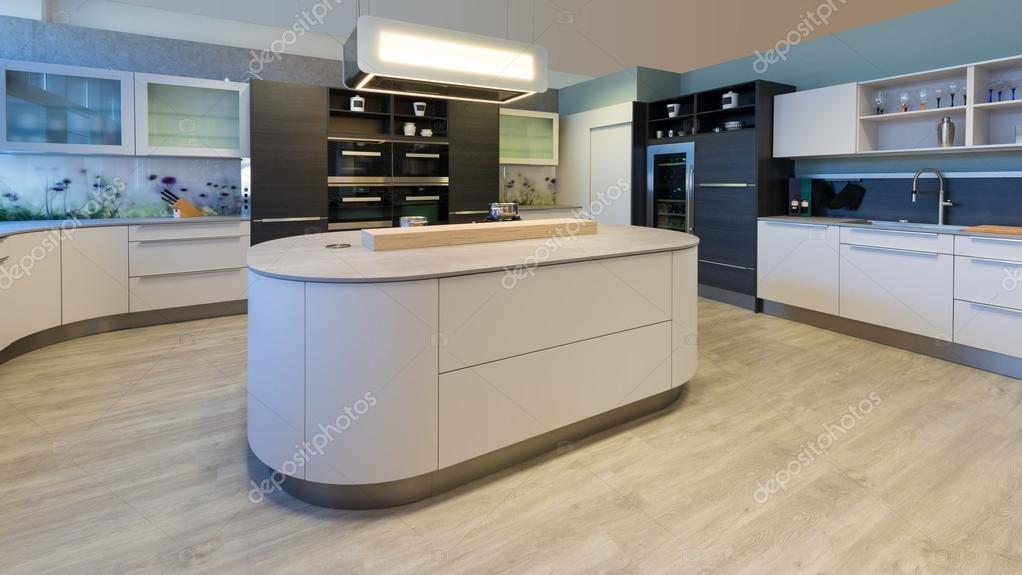Grote design keuken met eiland afgeronde hoeken en gelakte fronten