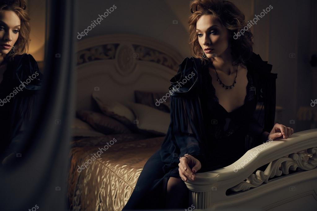 Camera Da Letto Modello Glamour : Camera da letto in rosso