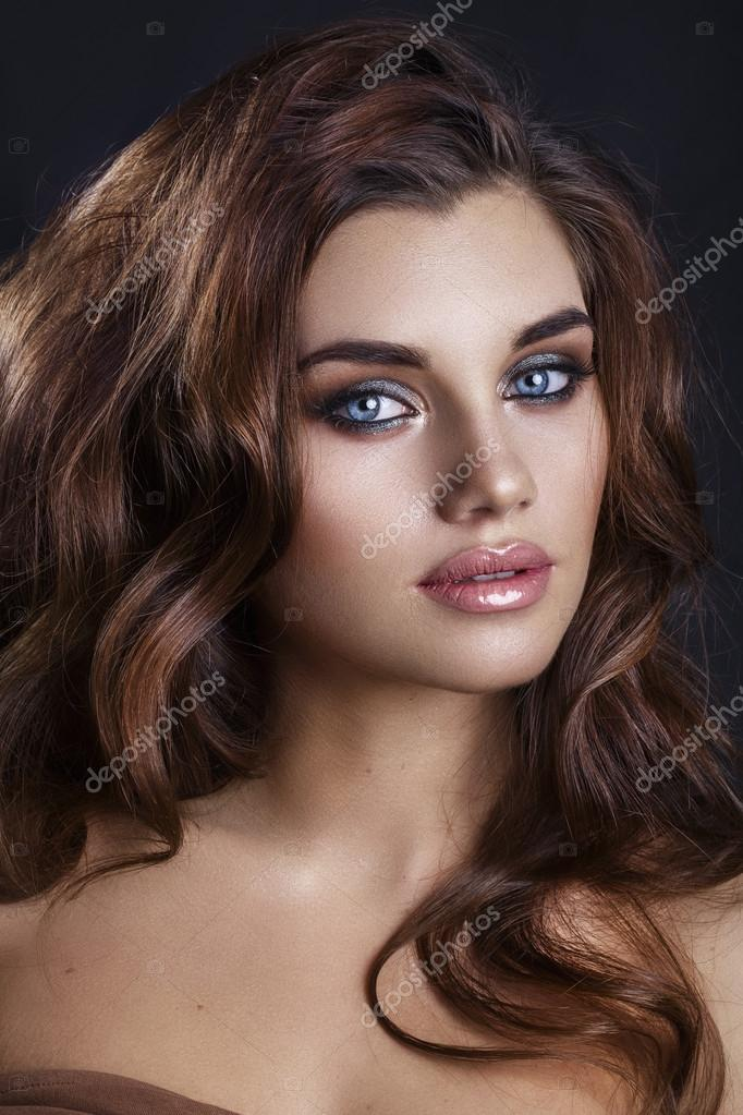 Fashion Glamour Makeup Beauty Model