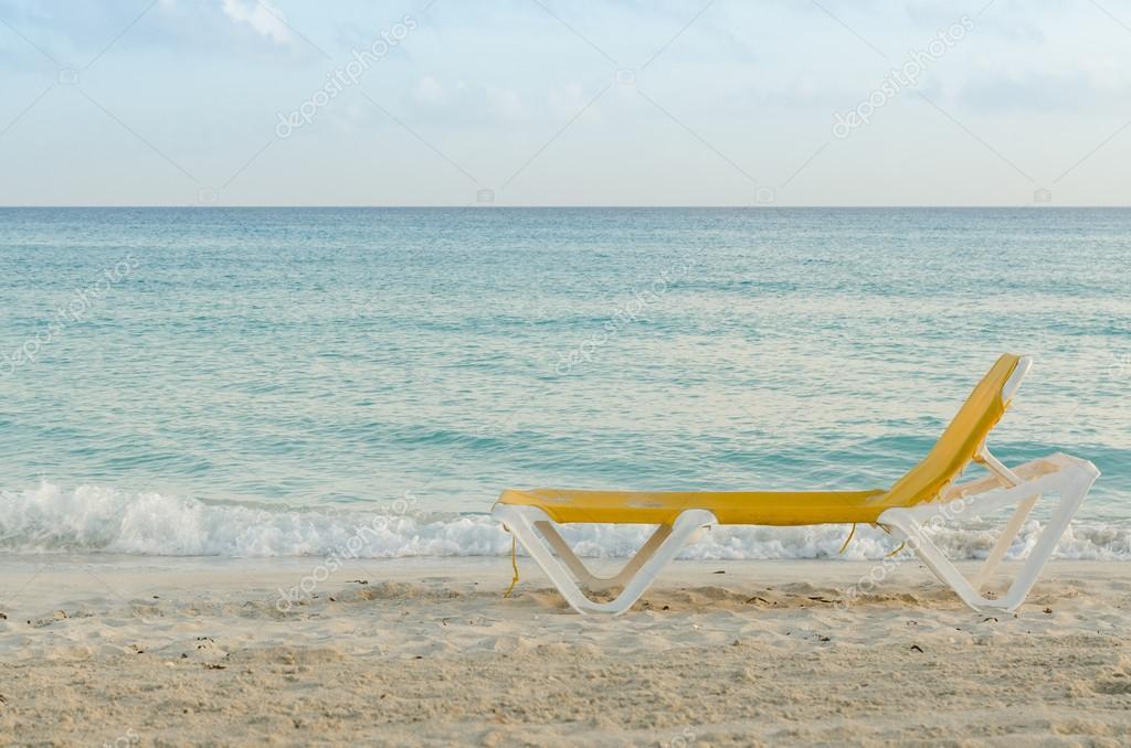 Chaise — Photographie LongueBord Davidetrolli De Mer ©65182595 UVqLpSzGM