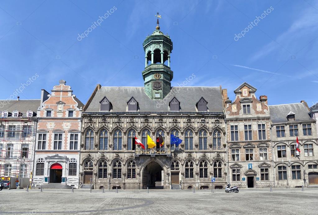 style gothique h tel de ville de mons belgique photographie bbsferrari 56333927. Black Bedroom Furniture Sets. Home Design Ideas