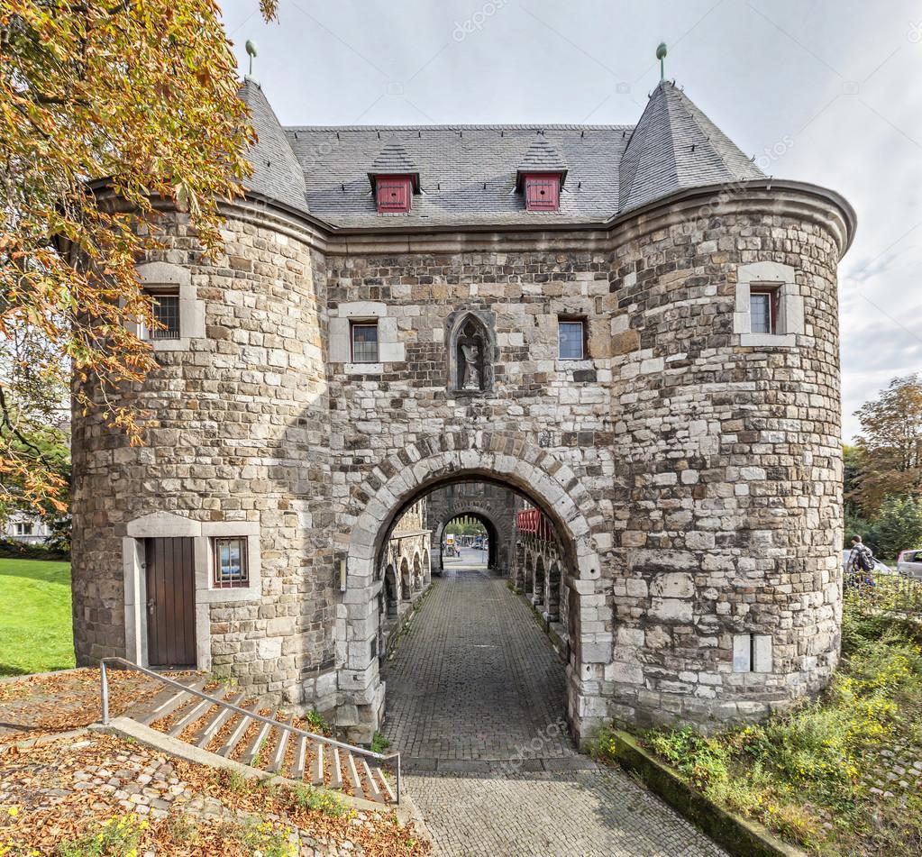 Ponttor porte de la ville m di vale aix la chapelle photographie bbsferrari 64287183 - Bowling porte de la chapelle tarif ...