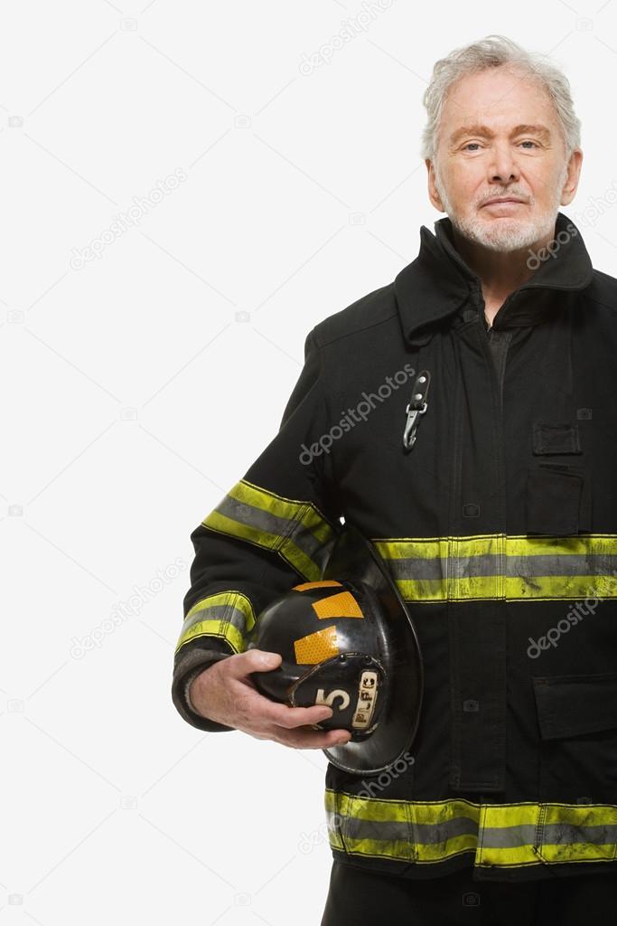 9324d72620e4 Portrait d un pompier avec casque — Photographie XiXinXing ©  94003460