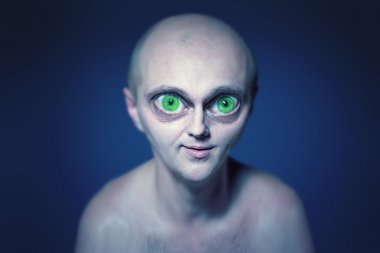 alien with big eyes