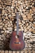 Photo Twelve-string red guitar