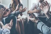 ember tapsolt ülve kör együtt