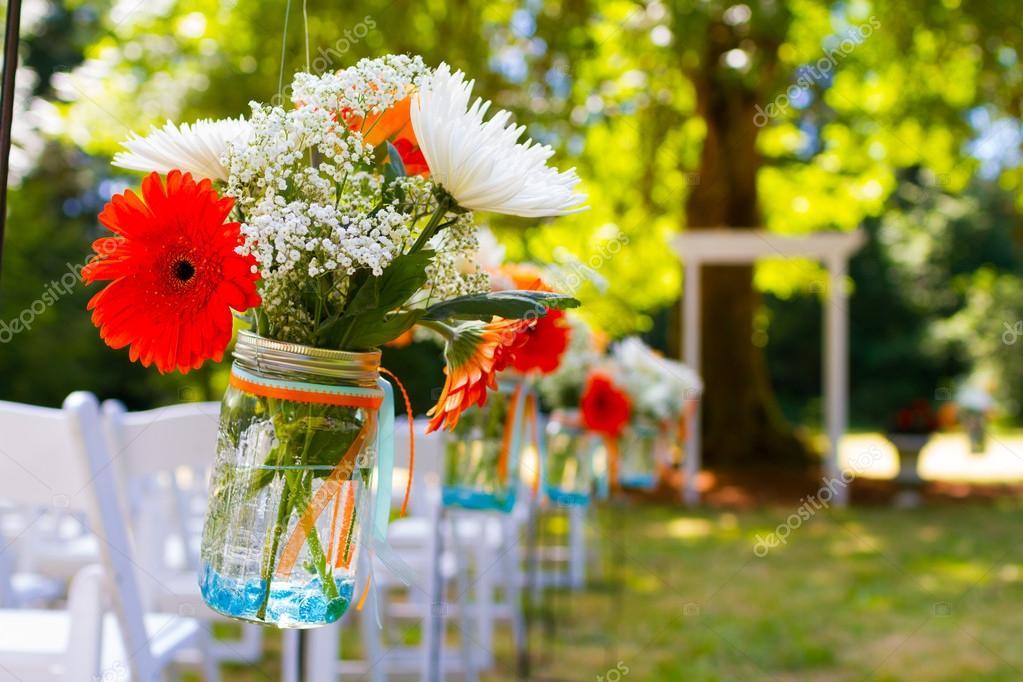 Blumen Hochzeit Tisch Centerpiece — Stockfoto © joshuarainey #90544144