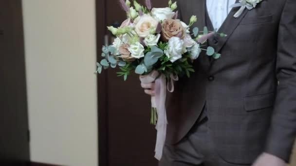 Boho stílusú esküvői csokor fehér rózsa