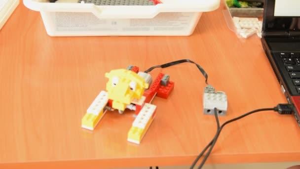 Robot oroszlán készült oktatási-készlet